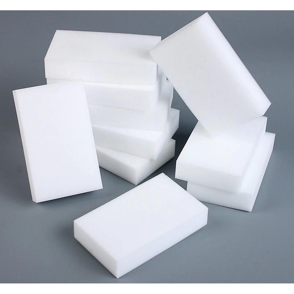 Špongia na čistenie nečistôt 10x6x2cm biela megamix.sk