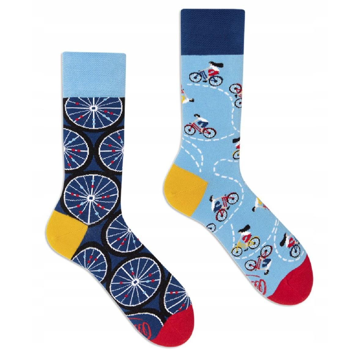 veselé ponožky BICYCLES bicykle cyklisti kolesá 43-46 farebné megamix.sk
